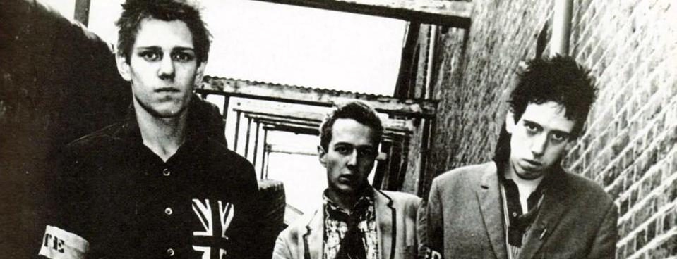Le premier album des Clash a 40 ans. Chronique